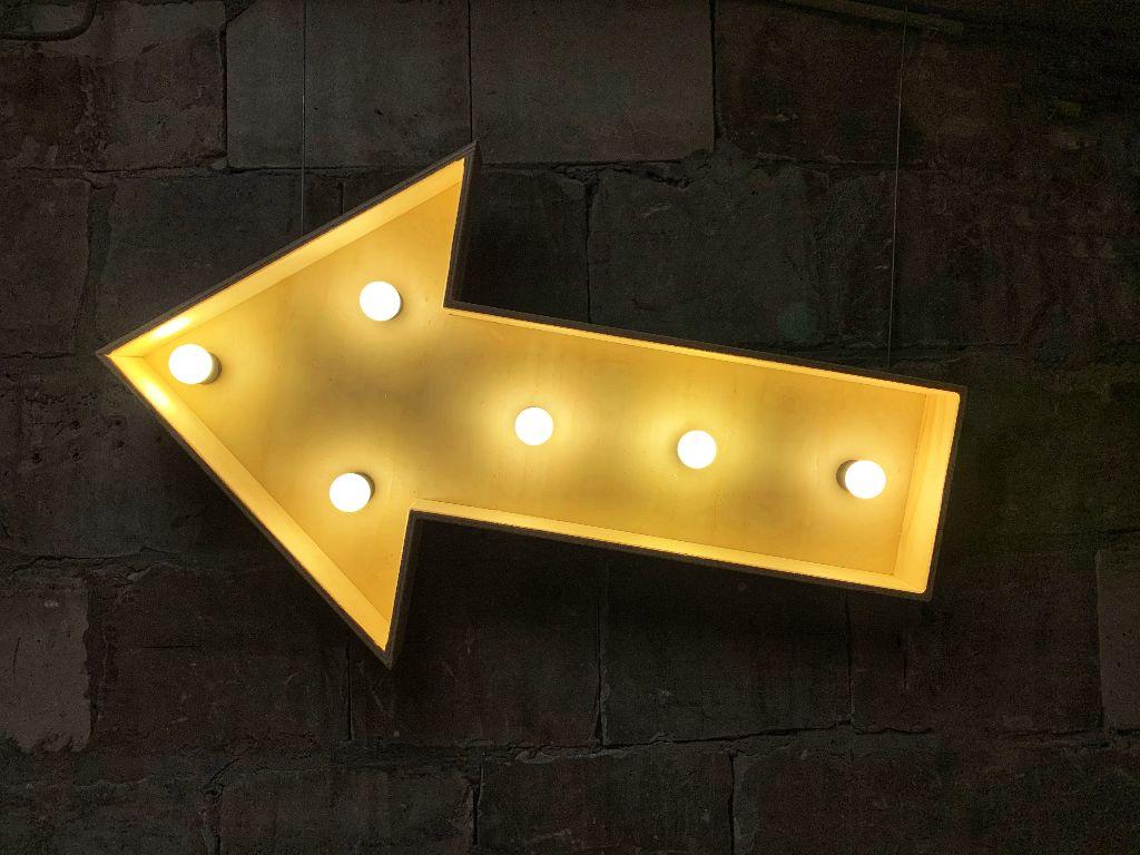 Verlichte pijl huren - XL Lichtletters