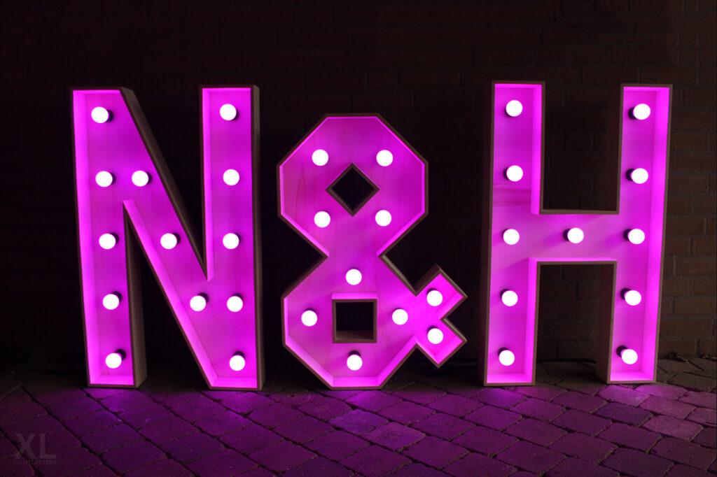 N&H Verlichte letters